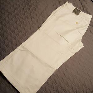 Ann Taylor white capri pants